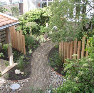 Geef je tuin een opknapbeurt! 15% korting op het leveren van beplanting en op het bemesten bij Hoveniersbedrijf Verboom