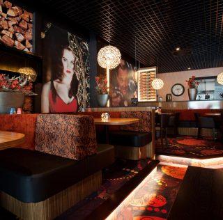 Een lekker avondje uit begint met een diner bij Grand Café Cineac Lisse en met Bol van Voordeel krijgt u een Broodplankje gratis t.w.v. € 5,50