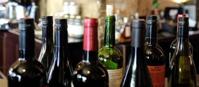 Weer eens wat anders voor een feestje. Wat dacht je van een Wijnproeverij bij jou thuis of op je bedrijf? Nu met maar liefst 45% korting met Bol van Voordeel