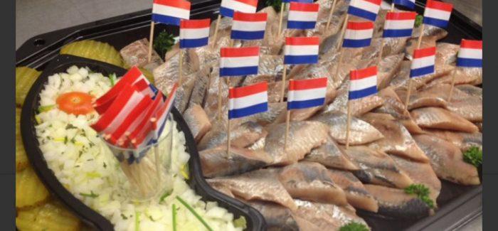 Smullen van heerlijke haring voor een heerlijke prijs bij Baaij Vis Lisse, nu met Bol van Voordeel!